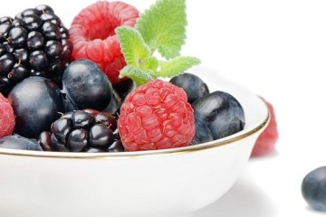 healthy-food-berries-more-energy