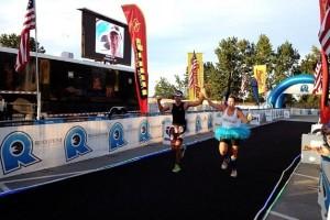 couple-crossing-finish-line-Rev3