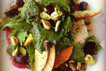 White-Nectarine-and-pickled-beets-salad