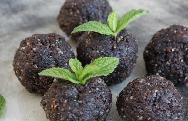 carob-mint-truffles