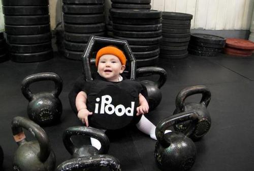 baby with kettlebells iPood