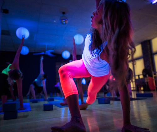 glow in the dark yoga SWL