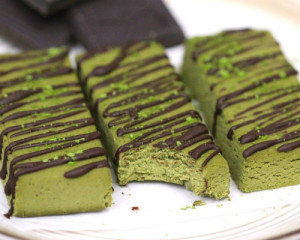 Matcha green tea protein bar