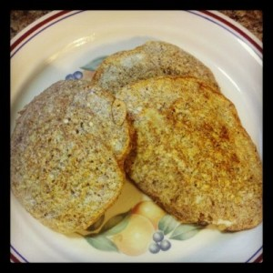 Pumpkin Pie Spice Egg White Oatmeal Pancake