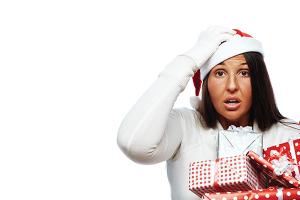 Women-with-santa-hat
